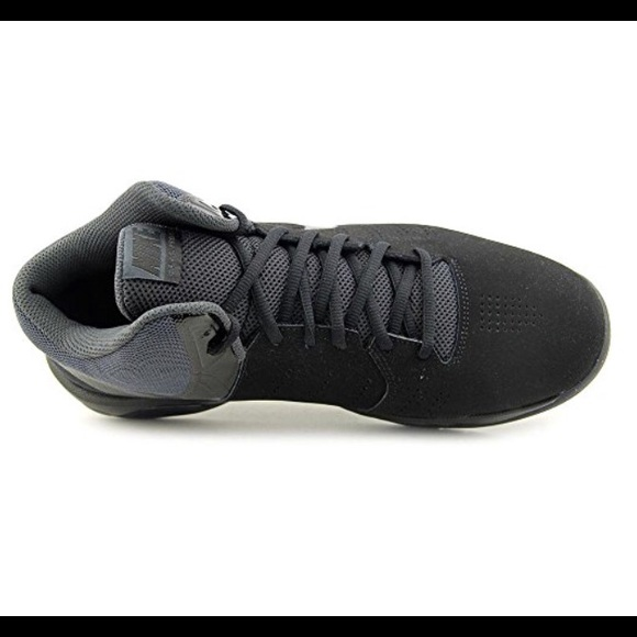 711698c19122d NIKE BASKETBALL SHOES